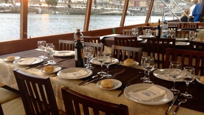 Jantar a bordo