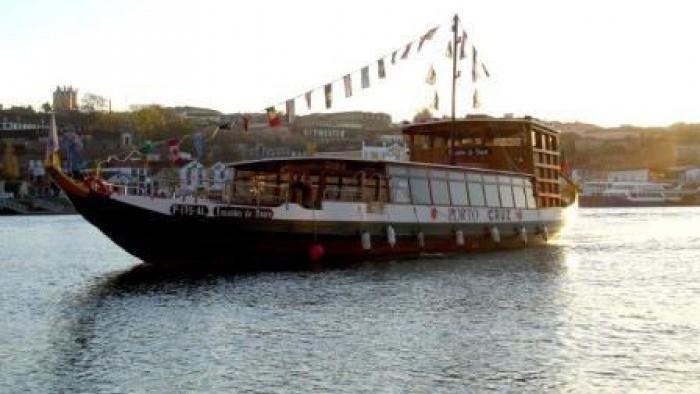 Encantos do Douro, Rabelo boat