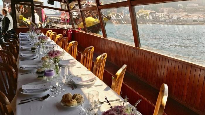 Almoço de casamento a Bordo - Barco Rabelo