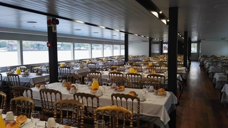 New Year's Cruise with Dinner in Porto - RD