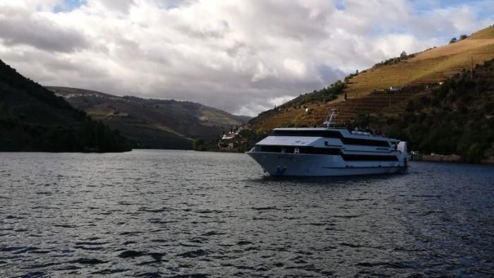Cruise Porto Régua Barca D`Alva Porto - Douro Total