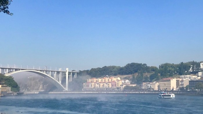 Cruzeiro Porto Régua Porto (Subida de Barco e descida de autocarro)