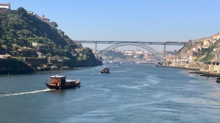 Cruise of the Six Bridges in Oporto