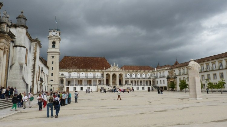 Fátima & Coimbra Tour - Full Day