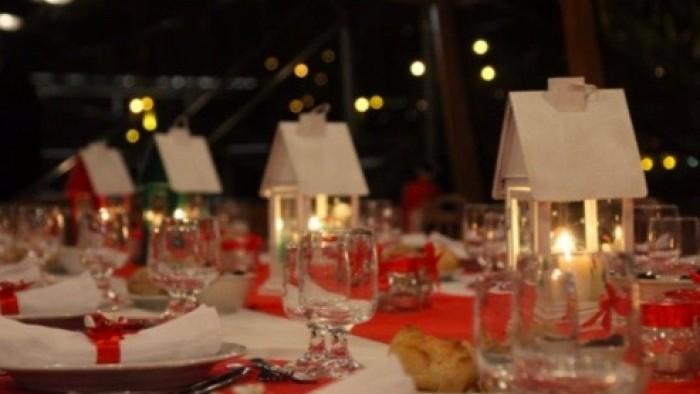 Cruzeiro com almoço ou jantar de Natal para grupos