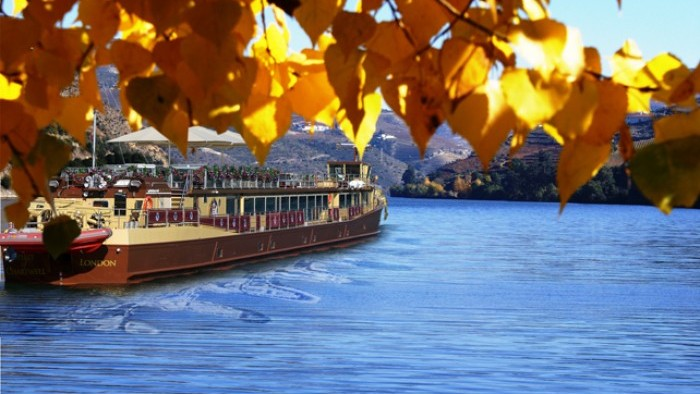 """Cruise on board of """"Spirit of Chartwell"""""""